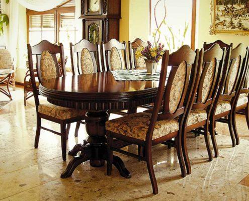 Julia - stół i krzesła